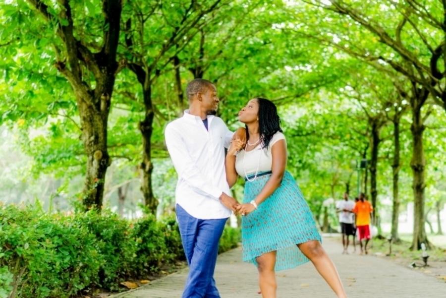 Pre-wedding Shoot in Victoria Garden City,Lagos By SpicyInc Studio - Pre-wedding photographer in nigeria