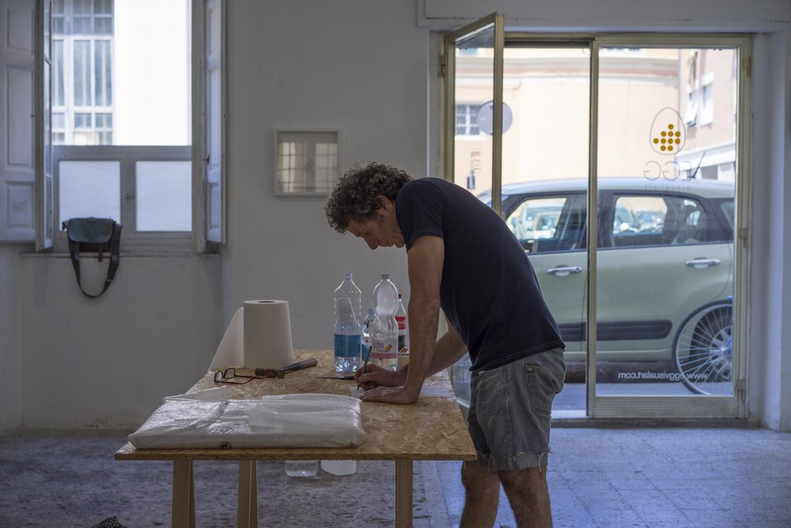 durante l'allestimento: Enrico Bertelli