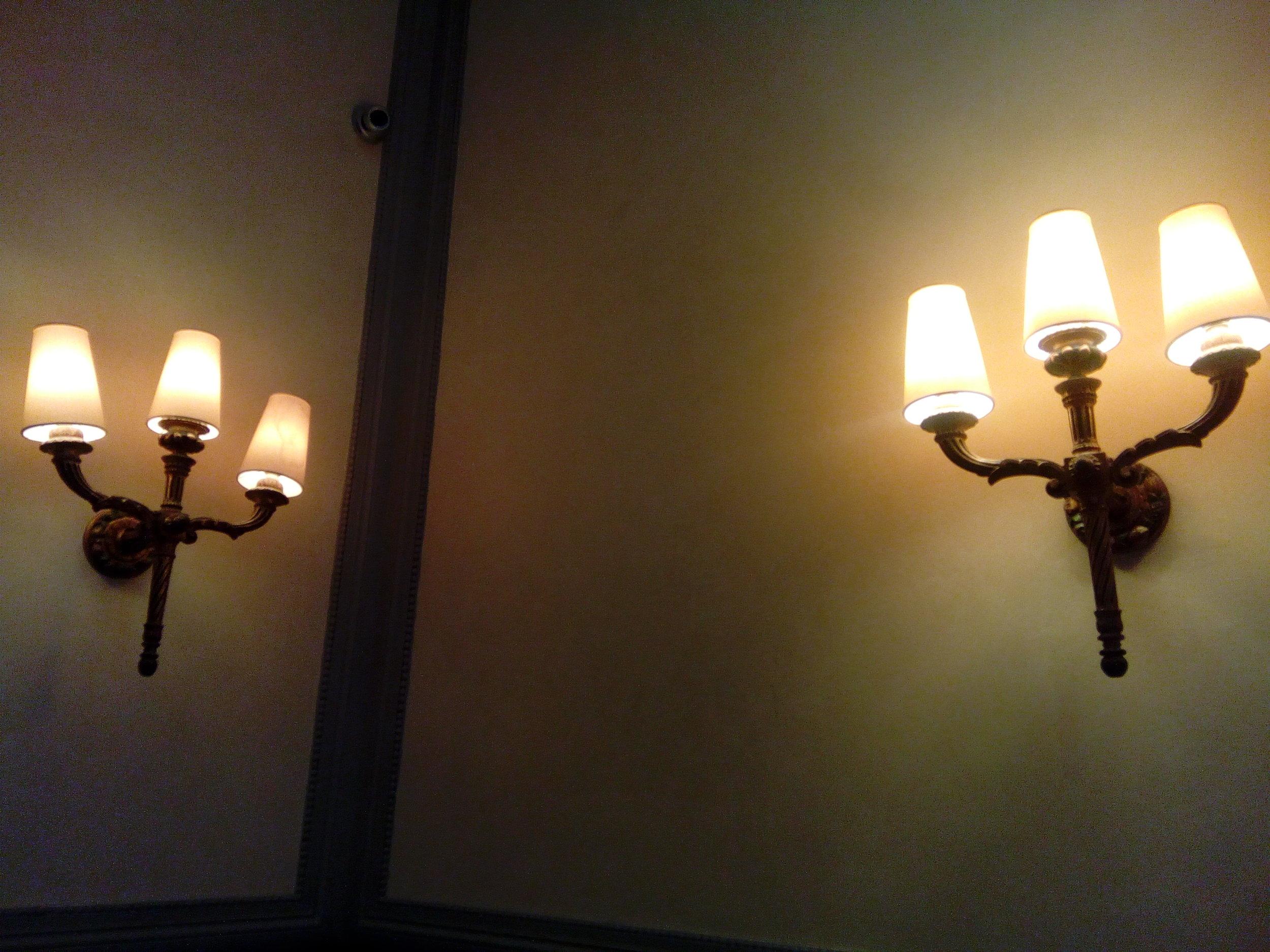 hk 14 light tridents.jpg