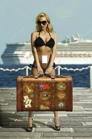 valigia sexy e nave.png