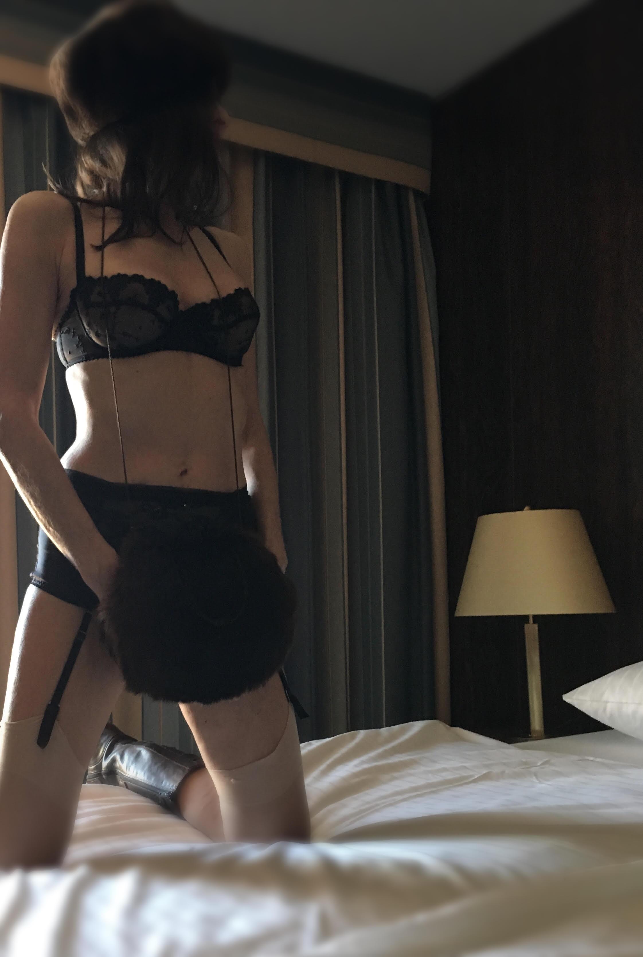 bed:skirt.jpg