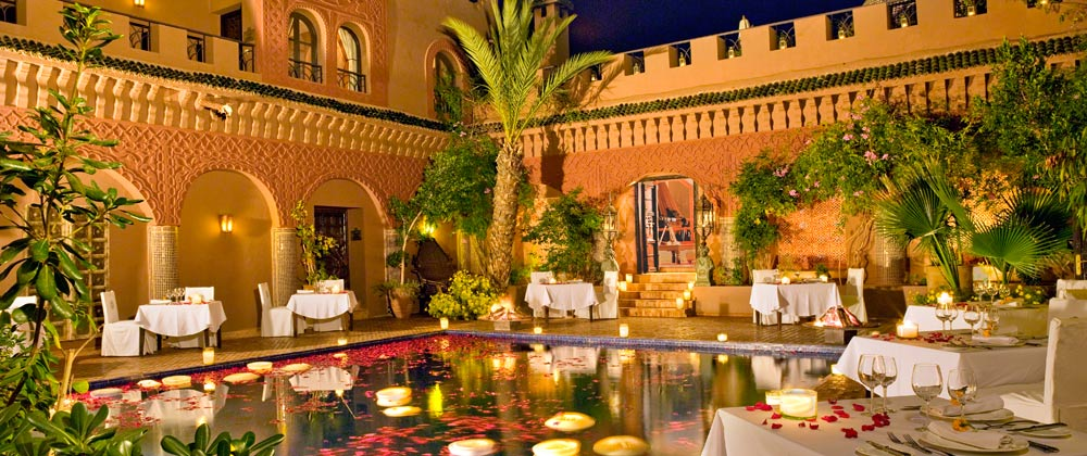 kasbah-dining-reflecting_pool.jpeg