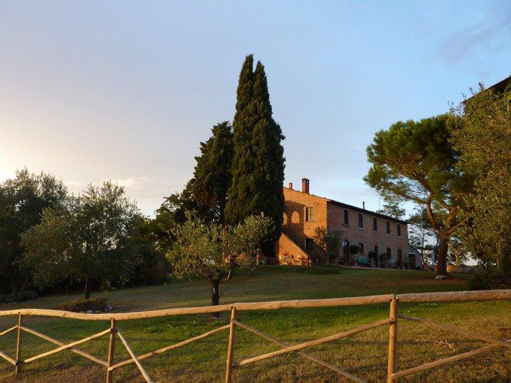 Shaded views of Siliano Alto EAT.PRAY.MOVE Yoga Retreats | Tuscany, Italy