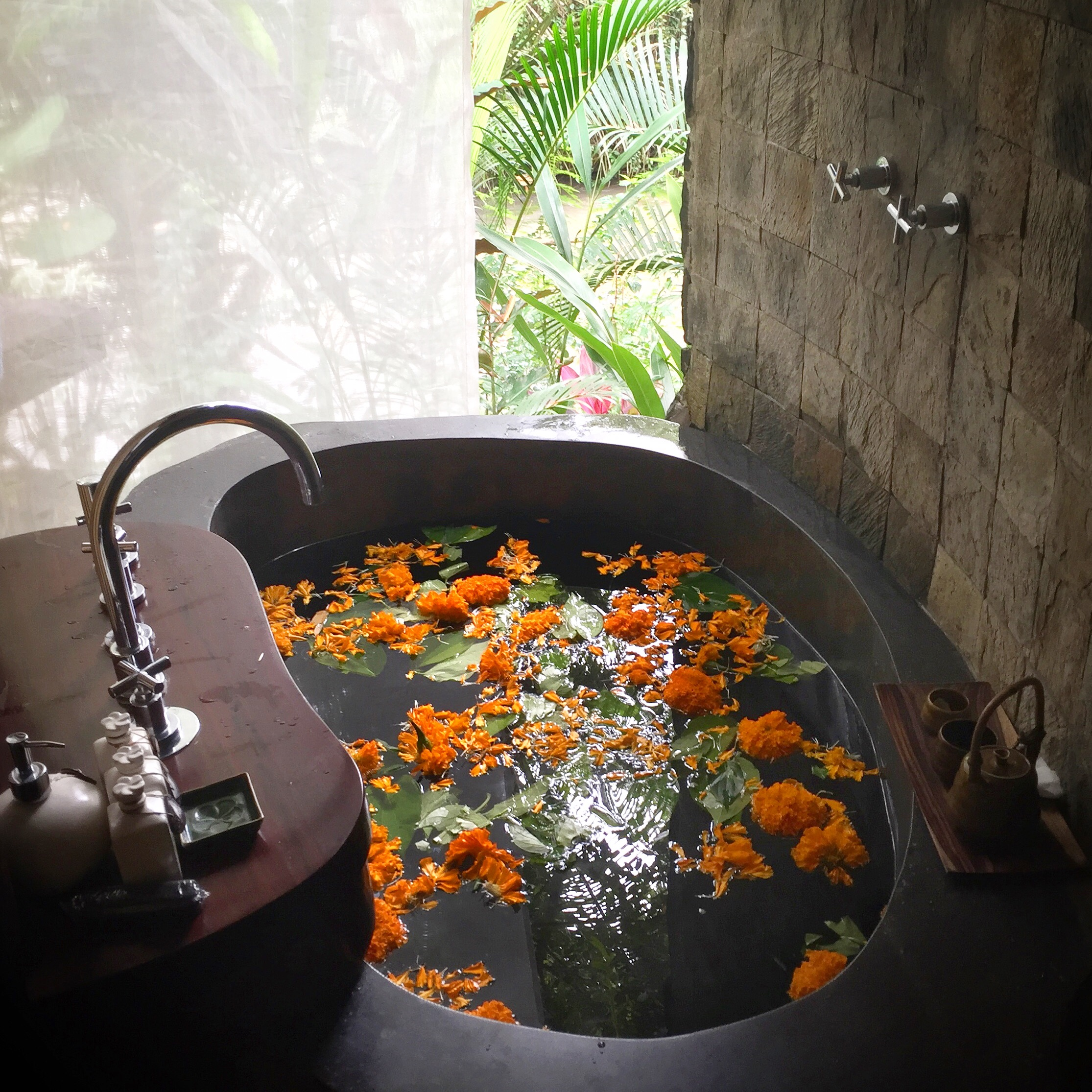 Spa bath with flowers | EAT.PRAY.MOVE Yoga | Bali, Indonesia
