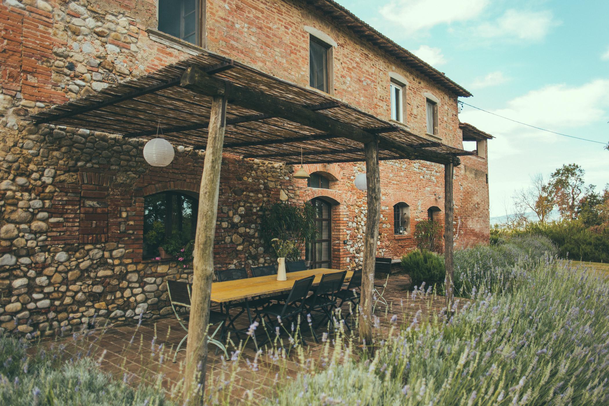 The dining patio Siliano Alto EAT.PRAY.MOVE Yoga Retreats | Tuscany, Italy