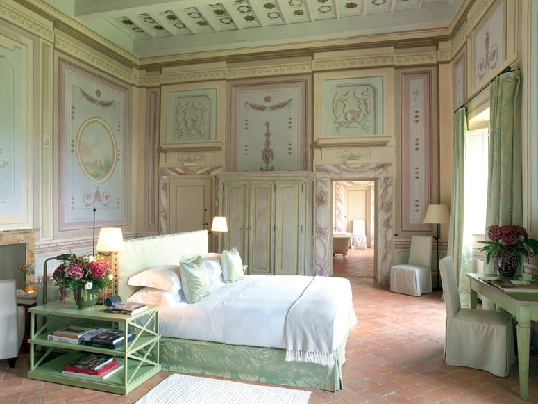 Light filled bedrooms Castello del Nero | EAT.PRAY.MOVE Yoga | Chianti, Italy