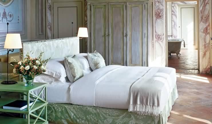 Restful beds Castello del Nero | EAT.PRAY.MOVE Yoga | Chianti, Italy