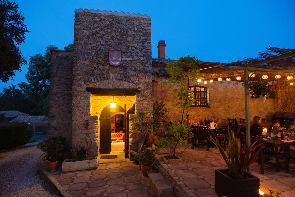 The lights at dusk Bastide Avellanne | EAT.PRAY.MOVE Yoga Retreats | Provence, France