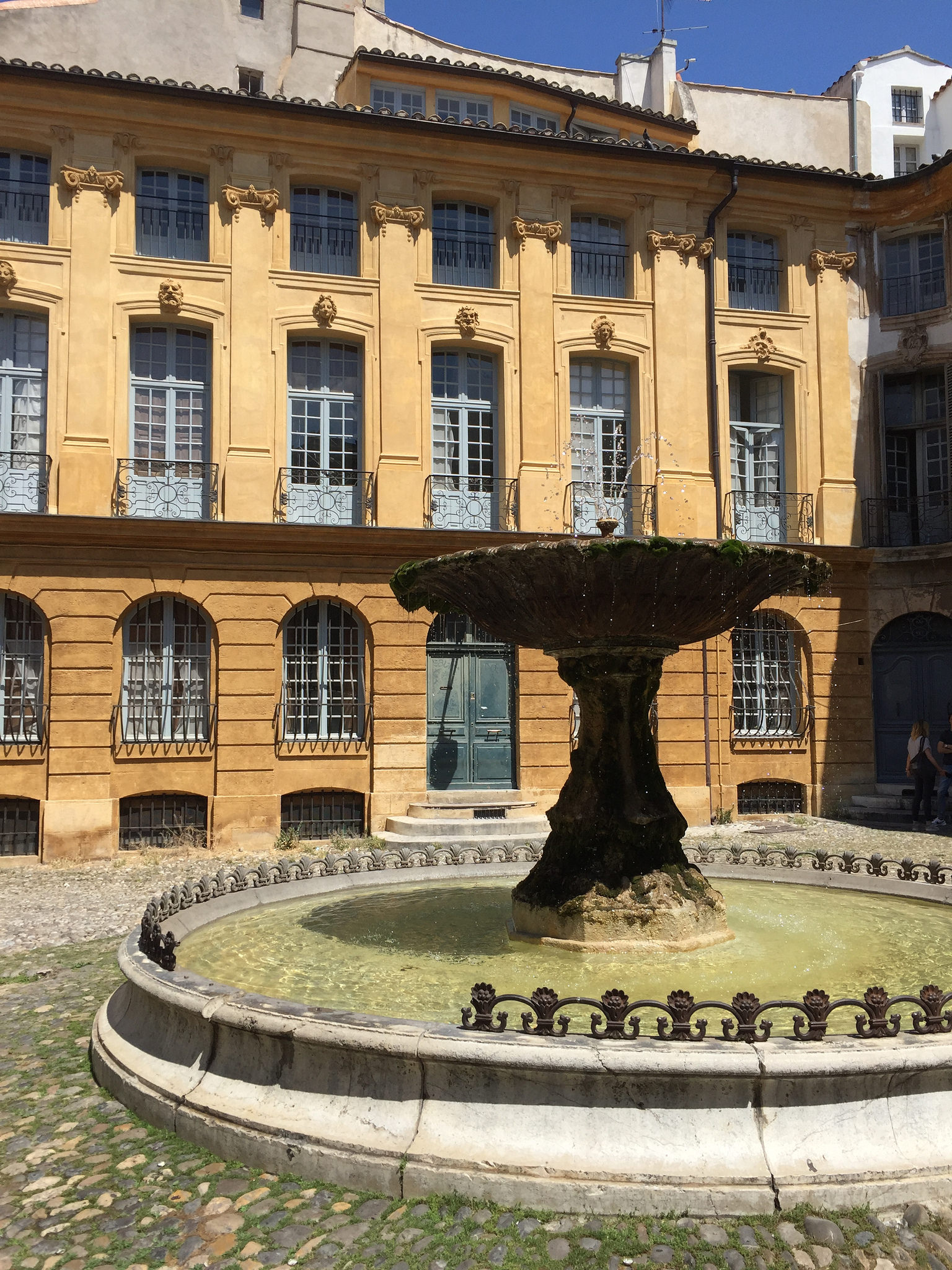 Aix En Provence EAT.PRAY.MOVE Yoga Retreats | Provence, France