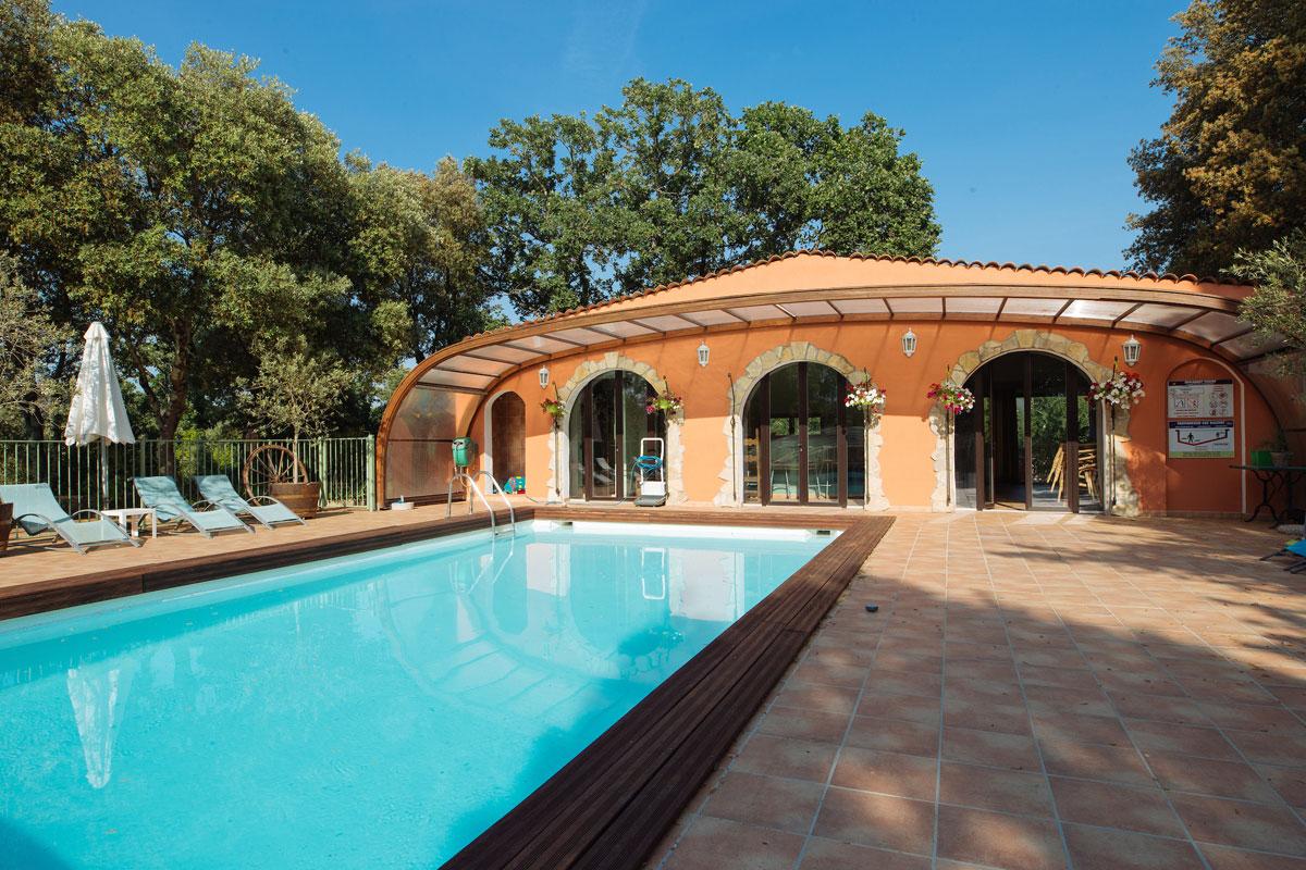 The pool house Bastide Avellanne | EAT.PRAY.MOVE Yoga Retreats | Provence, France