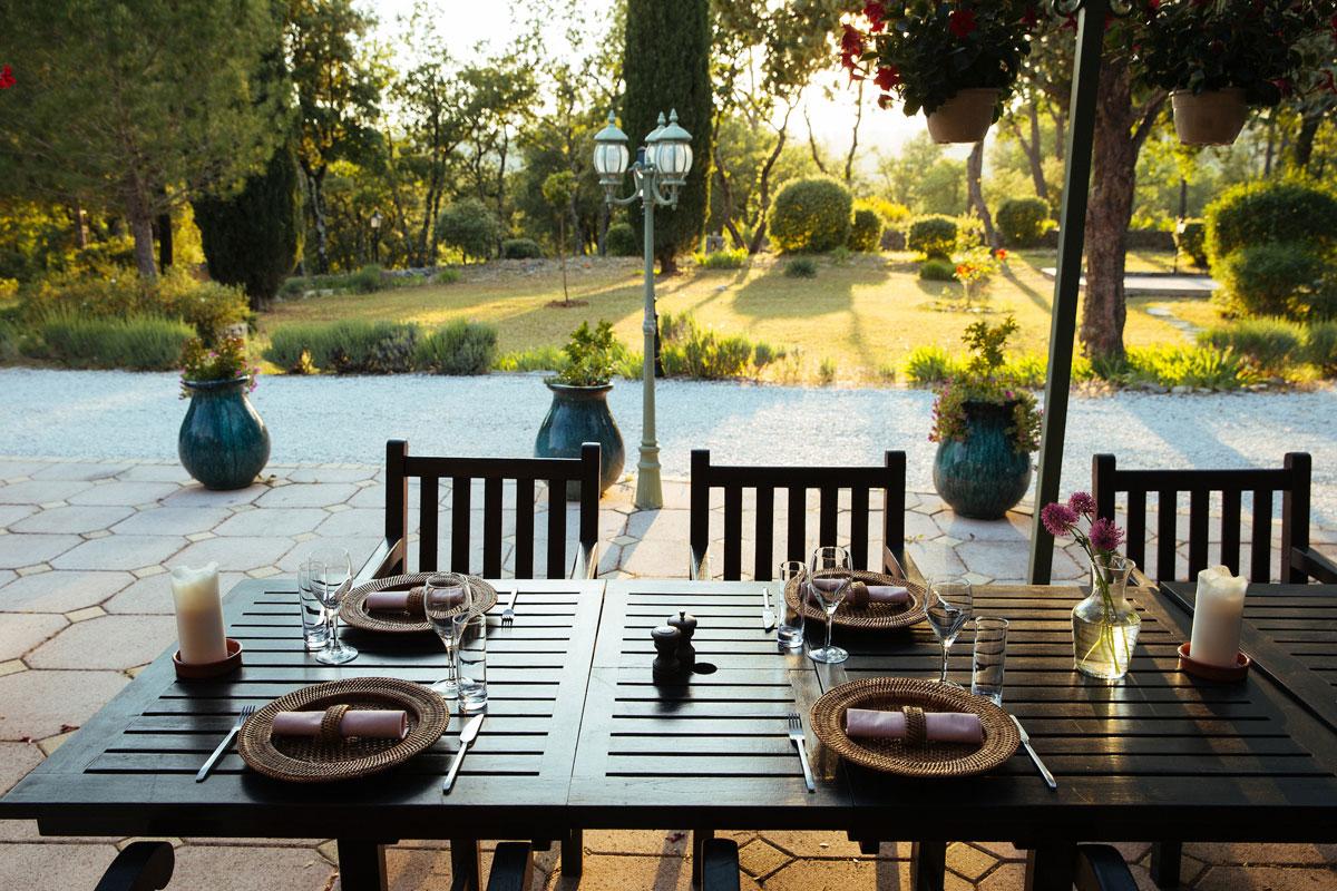 Sunlight on the front patio Bastide Avellanne | EAT.PRAY.MOVE Yoga Retreats | Provence, France