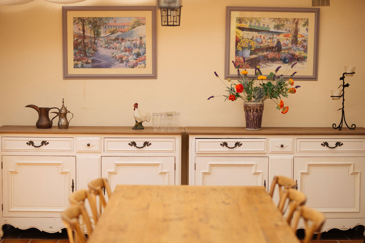 Charming dining spaces Bastide Avellanne | EAT.PRAY.MOVE Yoga Retreats | Provence, France