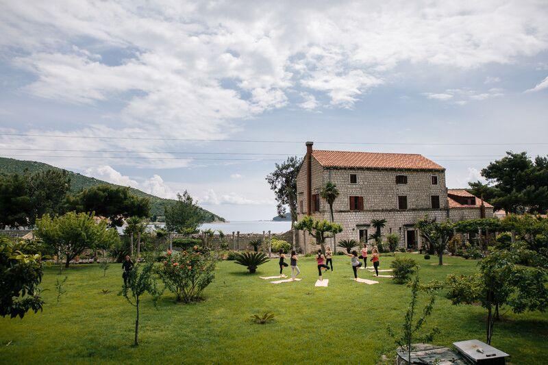 garden yoga | EAT.PRAY.MOVE Yoga Retreats | Croatia
