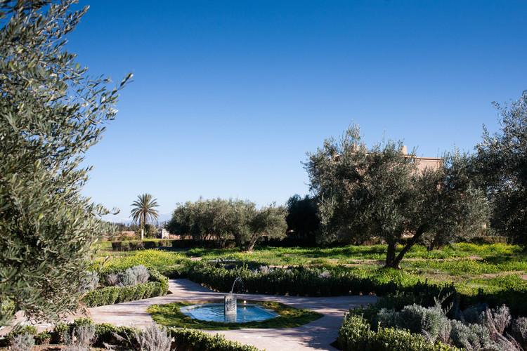 Sunlight on the fountain Peacock Pavilions EAT.PRAY.MOVE Yoga Retreats | Marrakesh, Morocco
