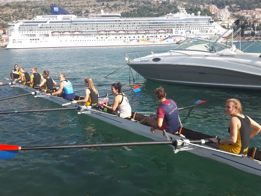 Erica row team | EAT.PRAY.MOVE Yoga Retreat | Croatia