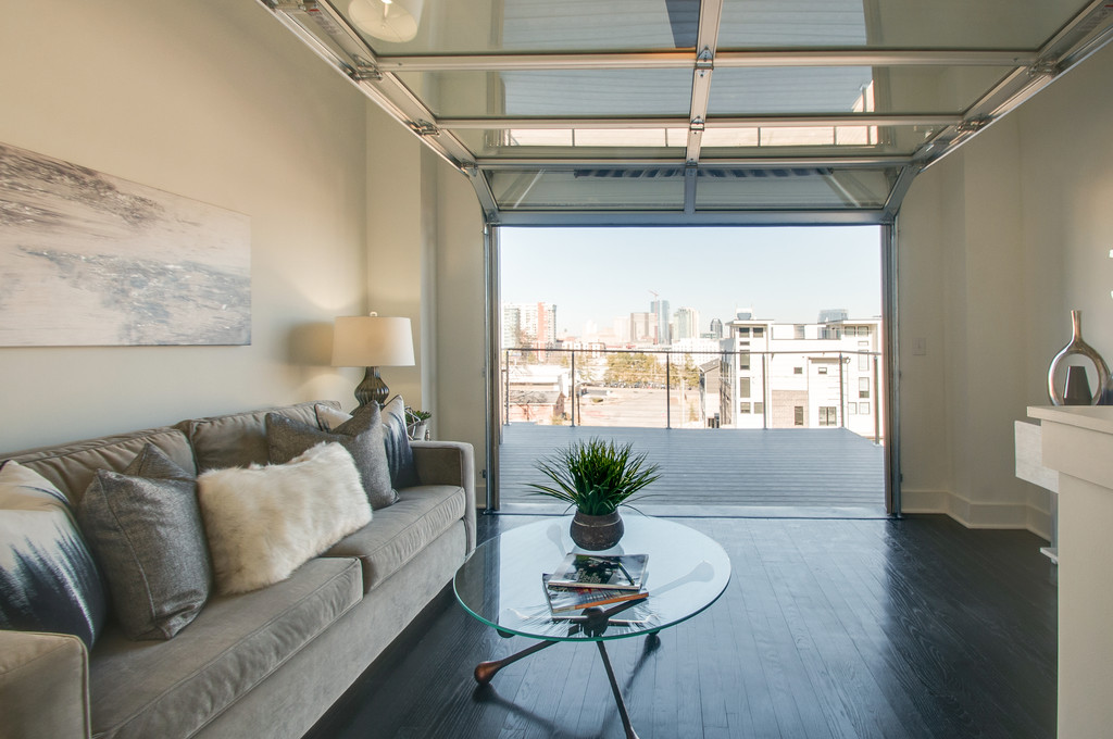 SOLD!!  913 Southside Pl | The Gulch | SOLD PRE-MARKET