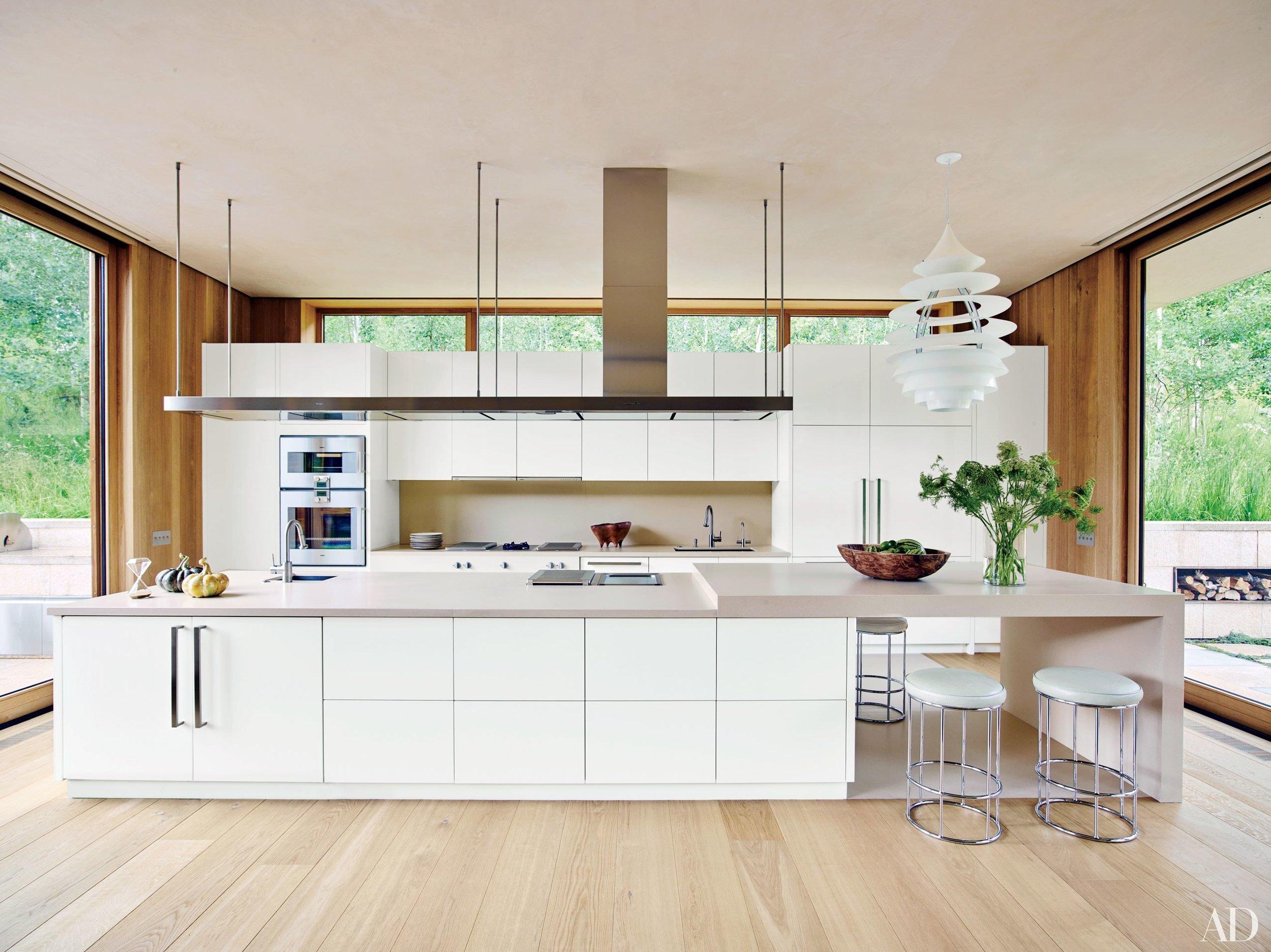 white-kitchen-cabinets-25.jpg