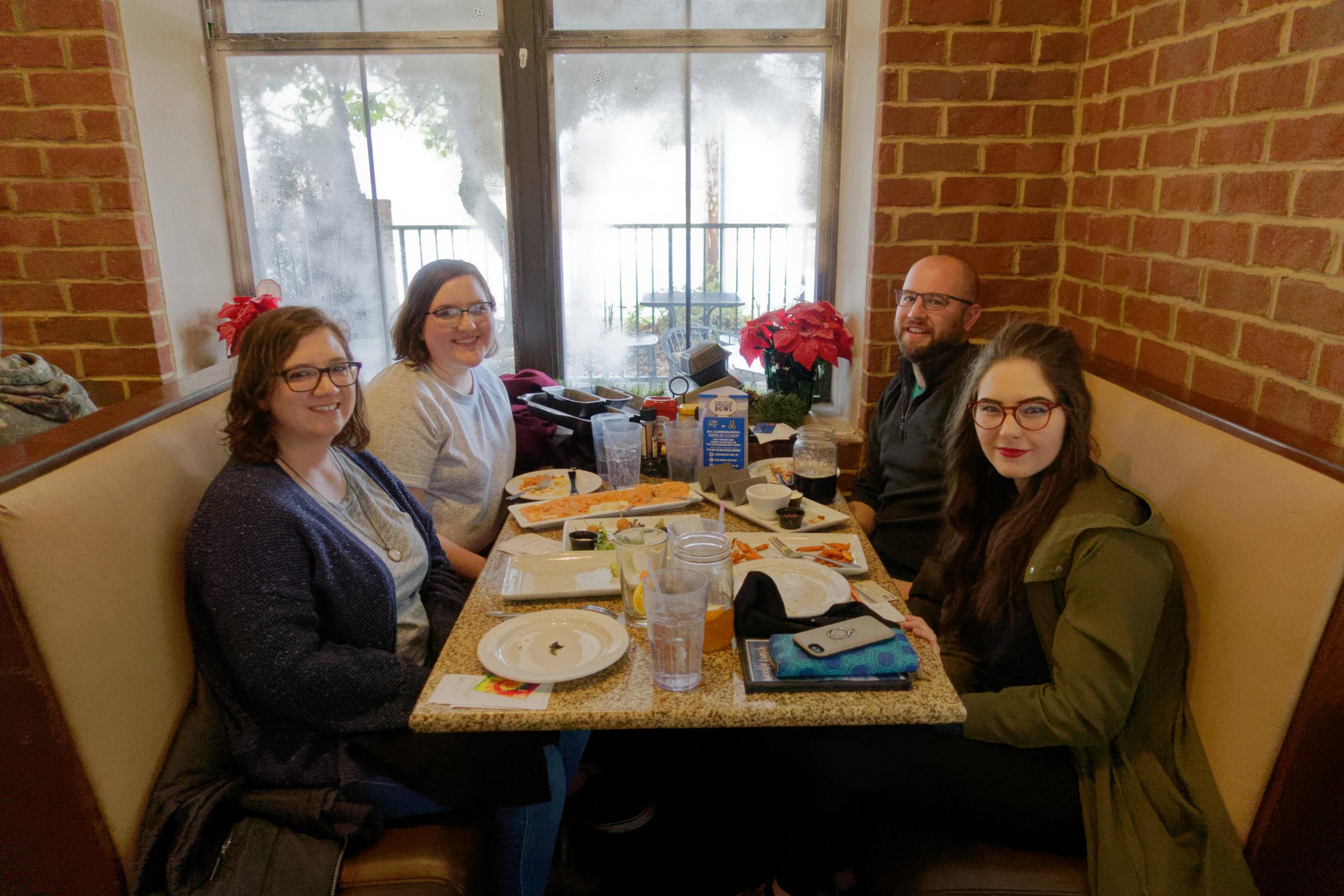 DSC00027- Fall 2018 lab lunch.jpg