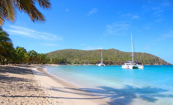 // Where is everybody? →<p>If you prefer crowded anchorages, then maybe the Windwards aren't for you.</p>