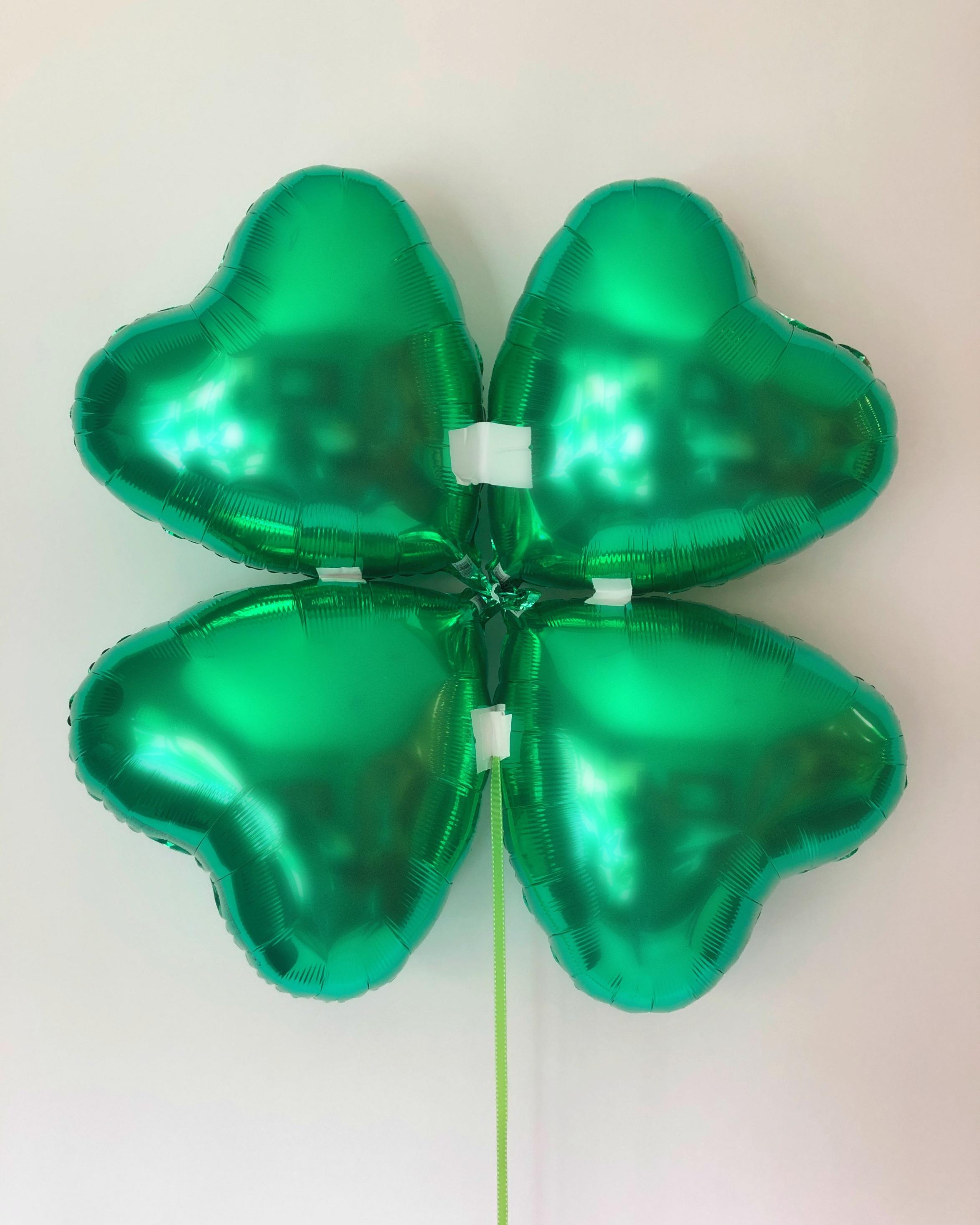 clover-balloon-back.jpg