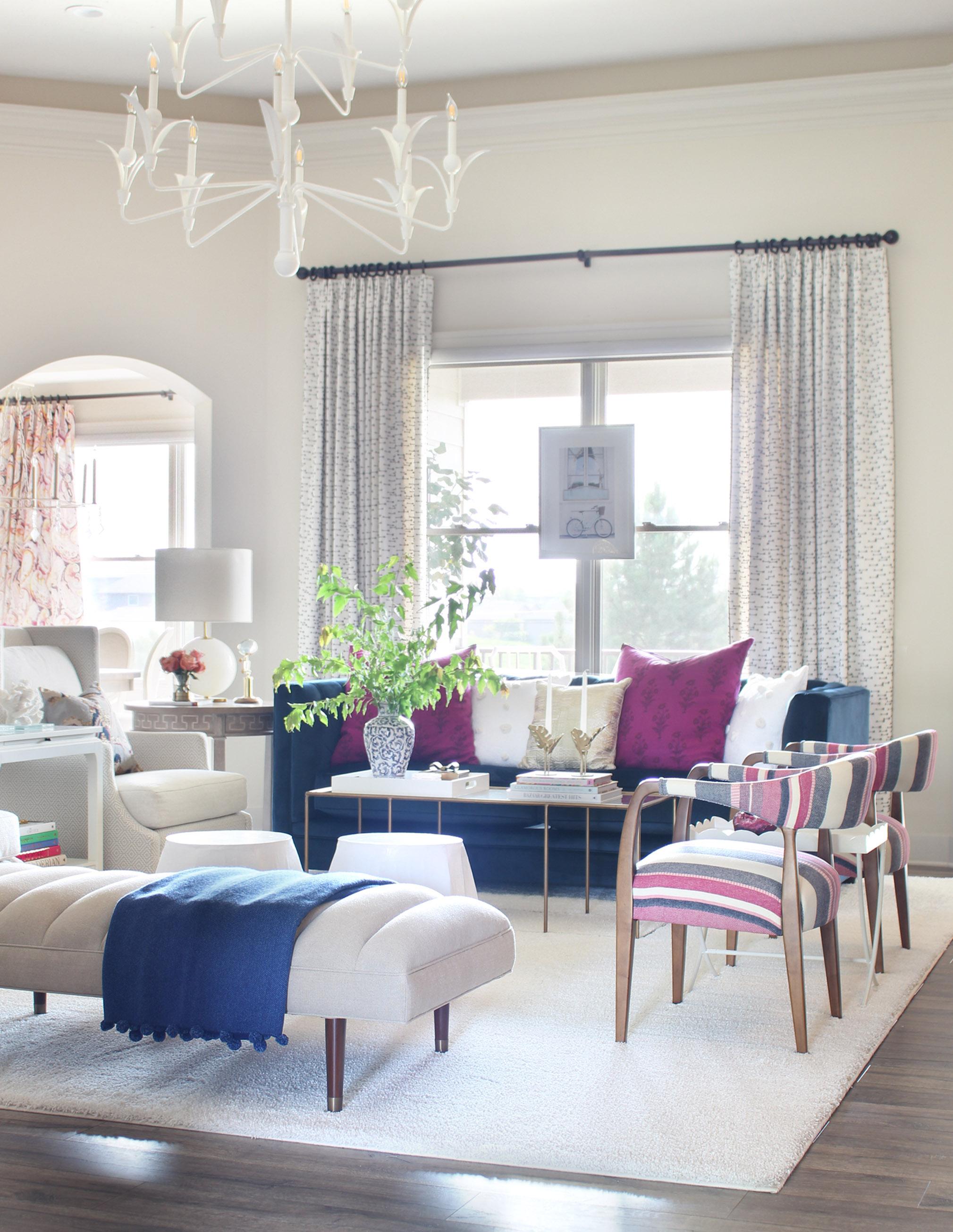 living room blue pink