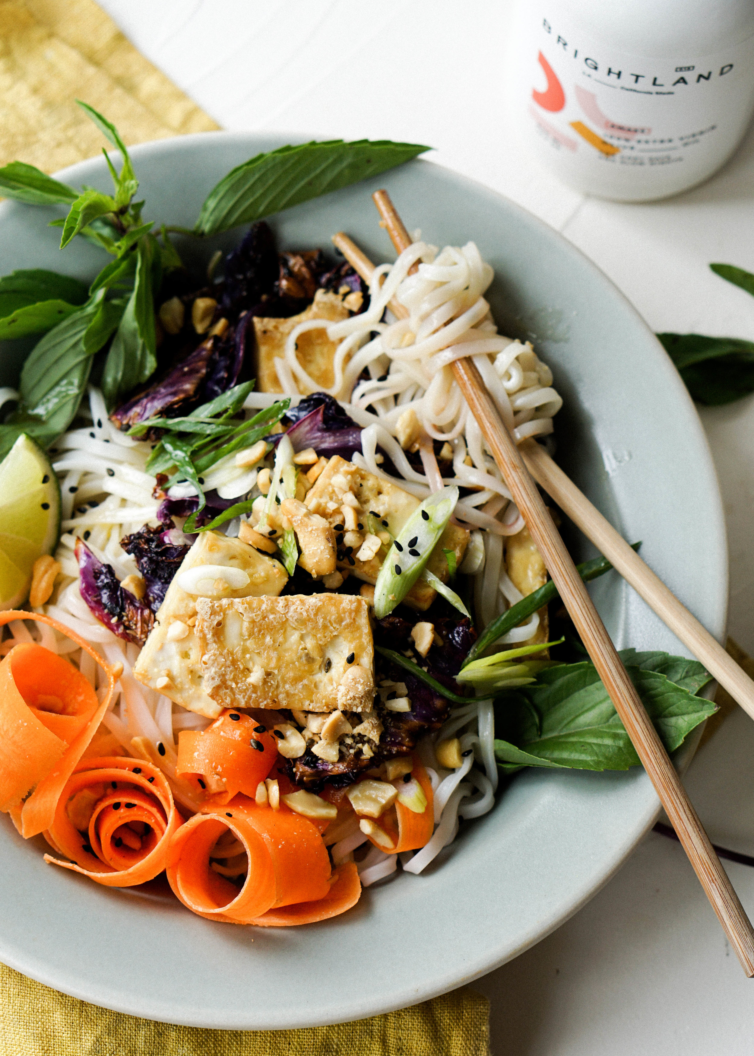 Crispy Tofu and Cabbage Noodle Bowls - Eat Cho Food