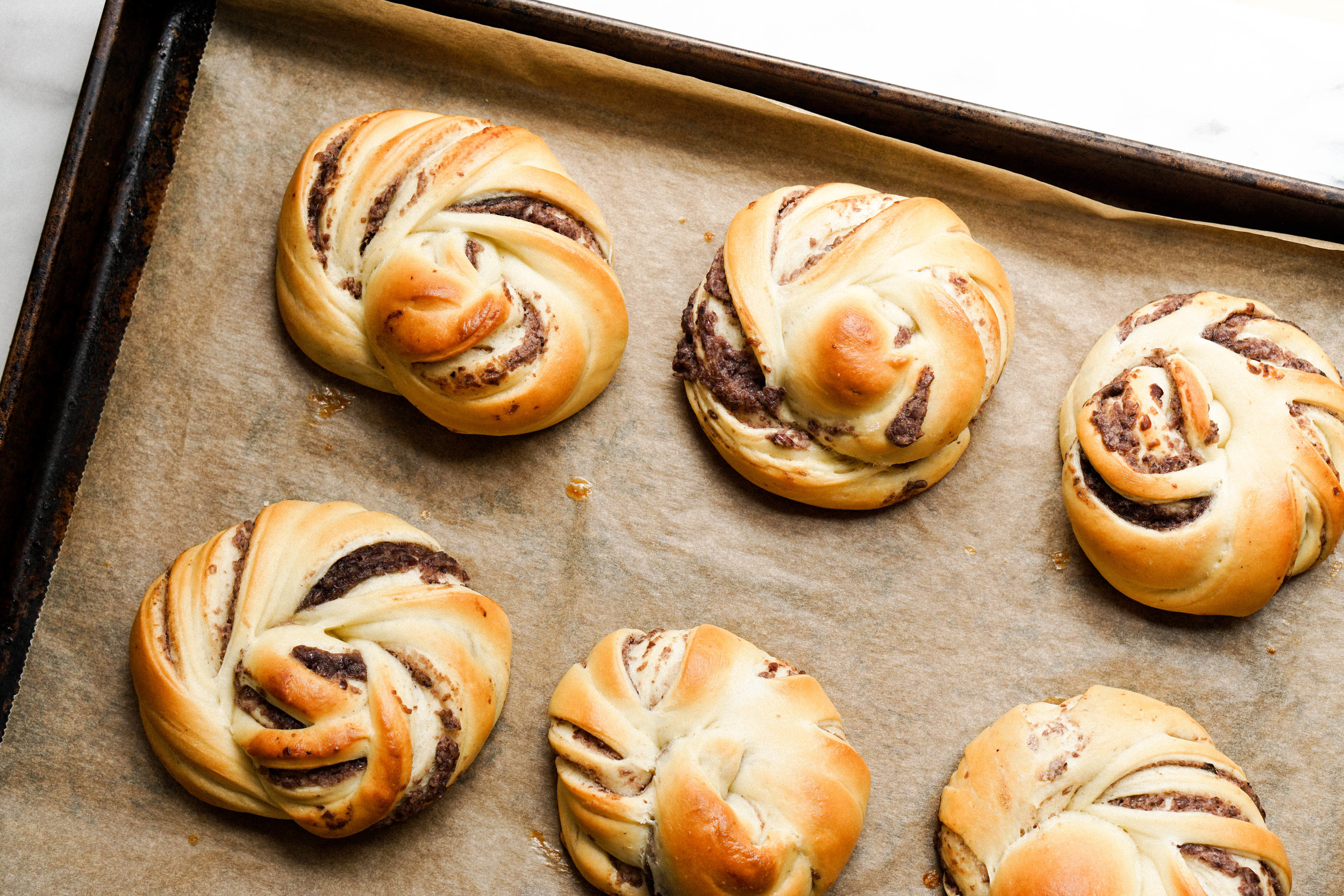 Red Bean Swirl Buns - Eat Cho Food