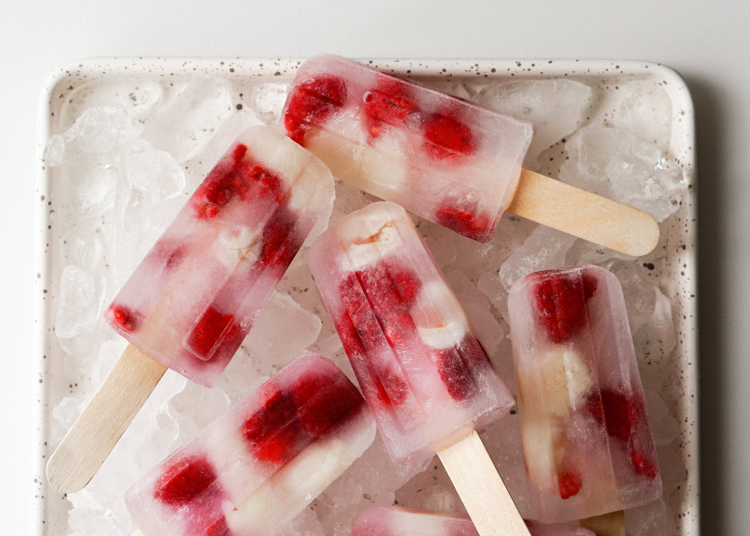 Lychee and Raspberry Popsicles - Eat Cho Food