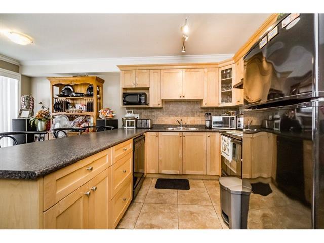 3 bed - 3 bath - 1434 Square Feet - Bridgeview, Surrey - $399,000