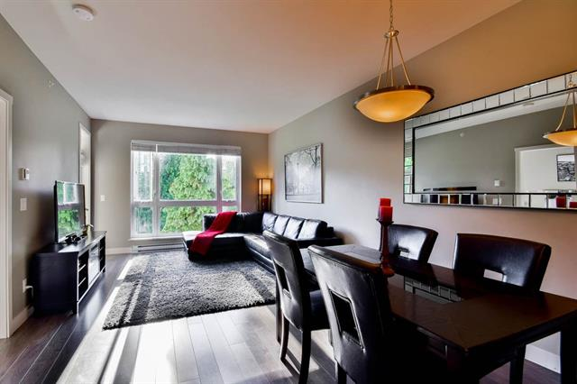 3 bed - 2 bath - 948 Square Feet - Sullivan Station, Surrey - $369,000