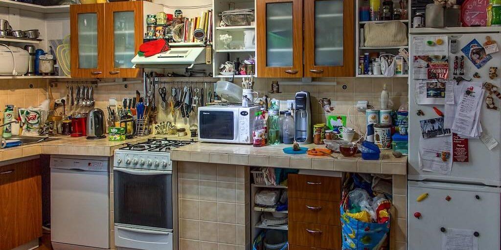 cluttered-kitchen-1024x512.jpg
