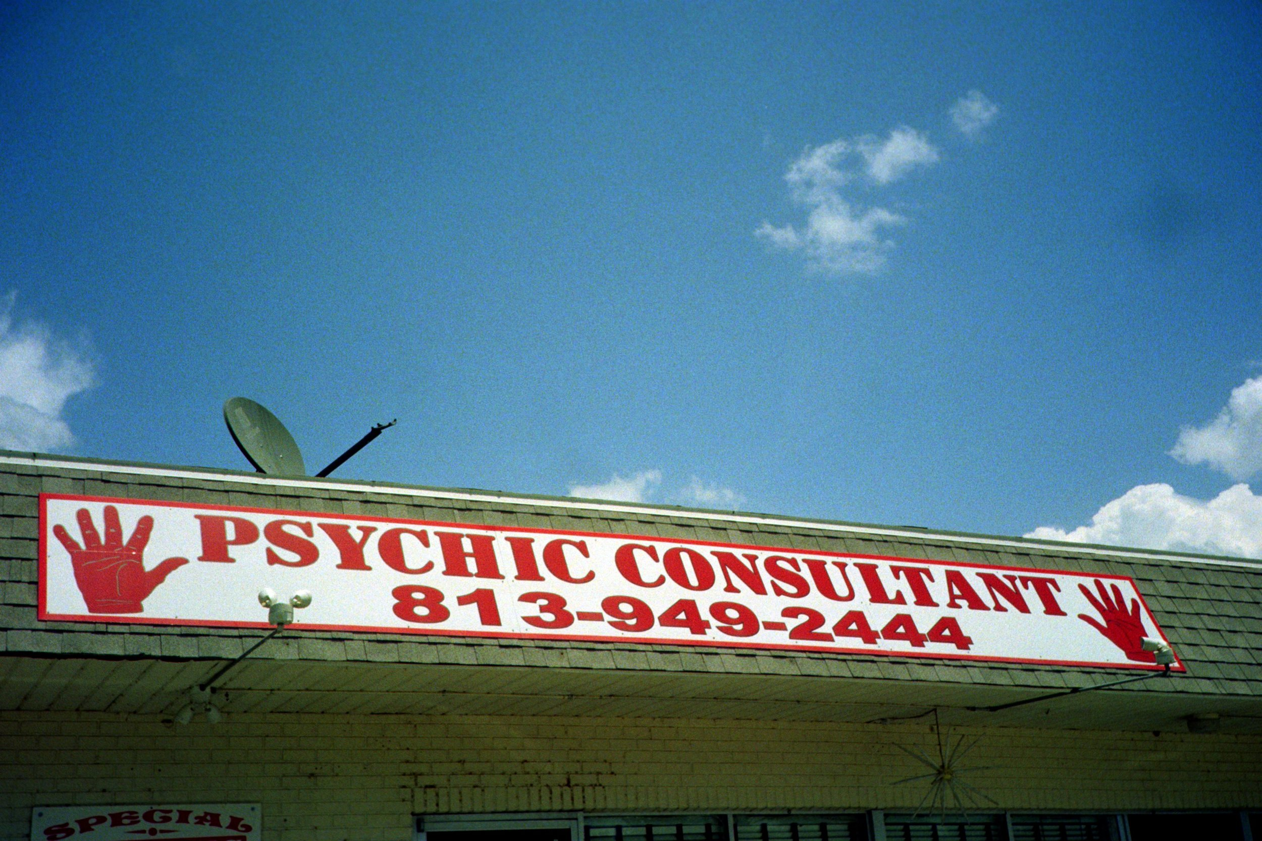 psychic - LOL - summer17 copy.jpg