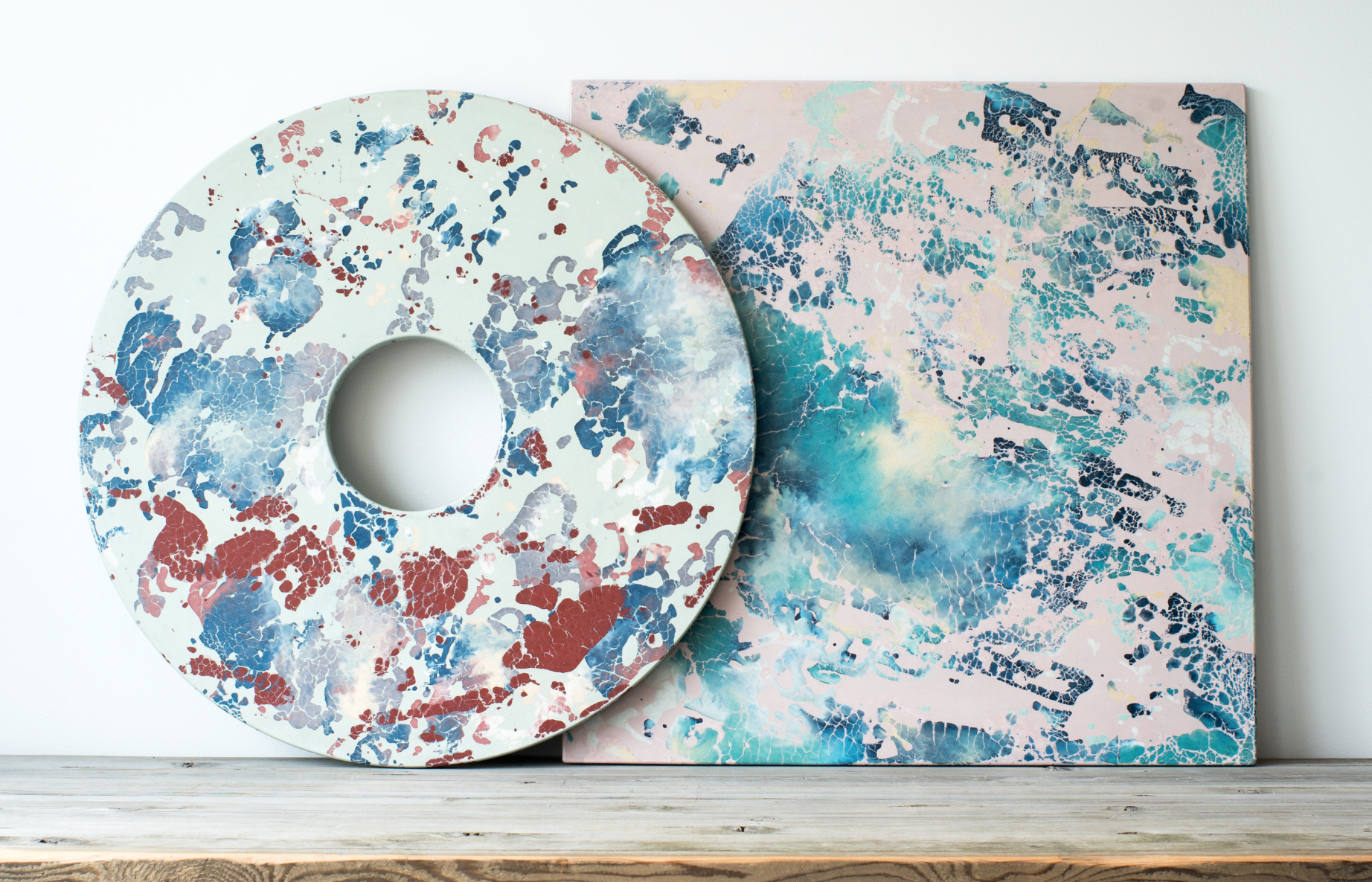 Oracle is a technique for creating marble like patterns in vibrant colours in cast concrete. Concrete cat is the only studio in the world with the technology to create this pattern in concrete. The piece on the right makes me want to head to my studio and create something in this palette.
