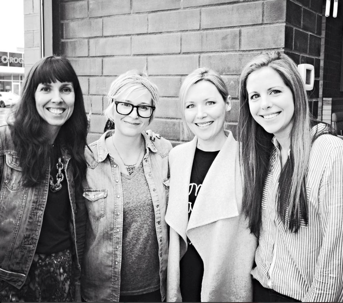 Myself, Melissa, Leah & Laura met up for lunch last year. We had a blast getting to know one another in person.