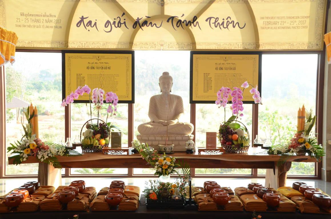 Altar_PV Thailand_photo courtesy of monastic sangha.jpg