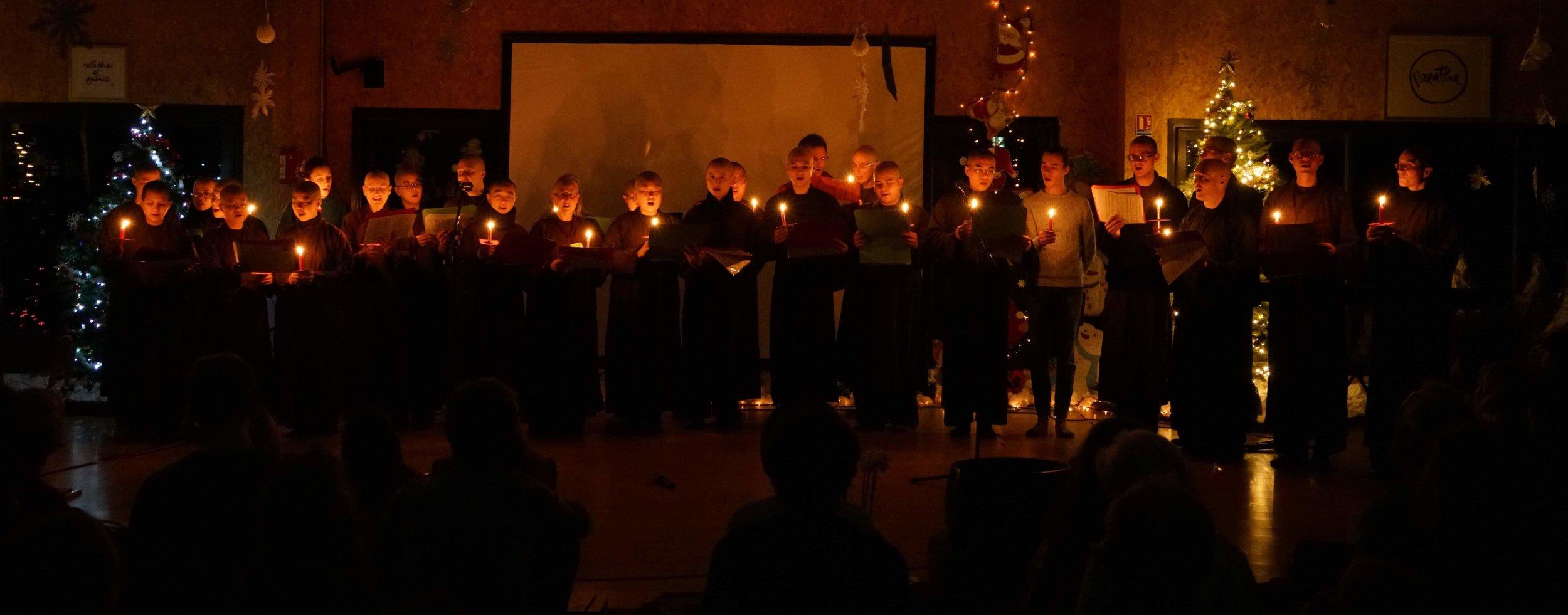 MB81-08 monastic choir at Christmas Eve_photo courtesy of monastic Sangha.JPG