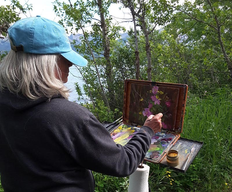 Why One Artist Made the Switch to Artwork ArchiveArtwork Archive Interview, January 2018 - Lori painting in Waterton Lakes National Park, Canada