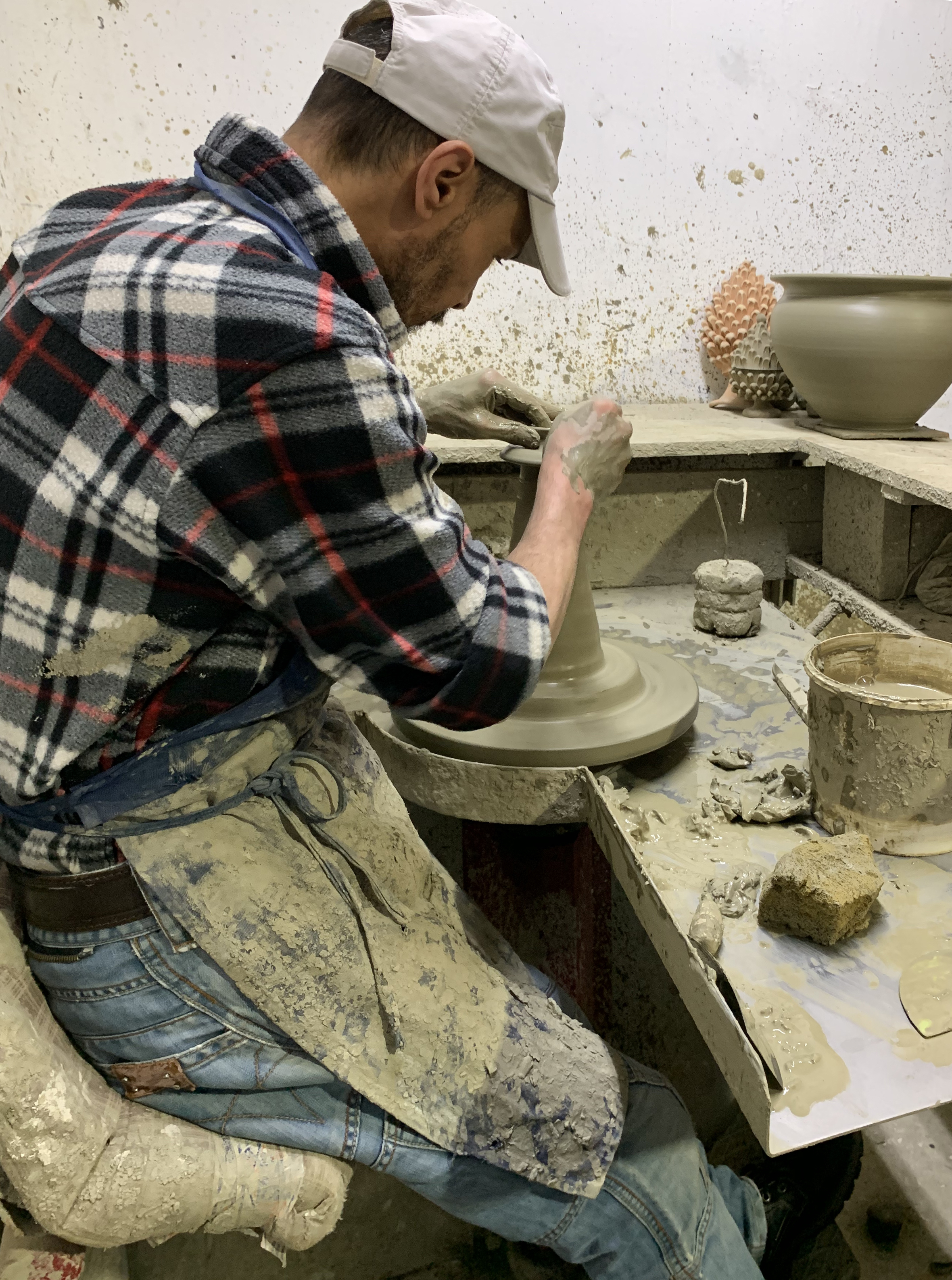 A rainy day trip to visit a professional potter.