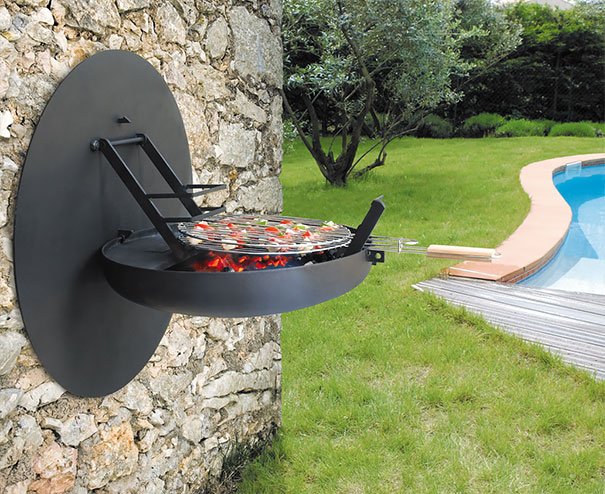 Open and Close Barbeque