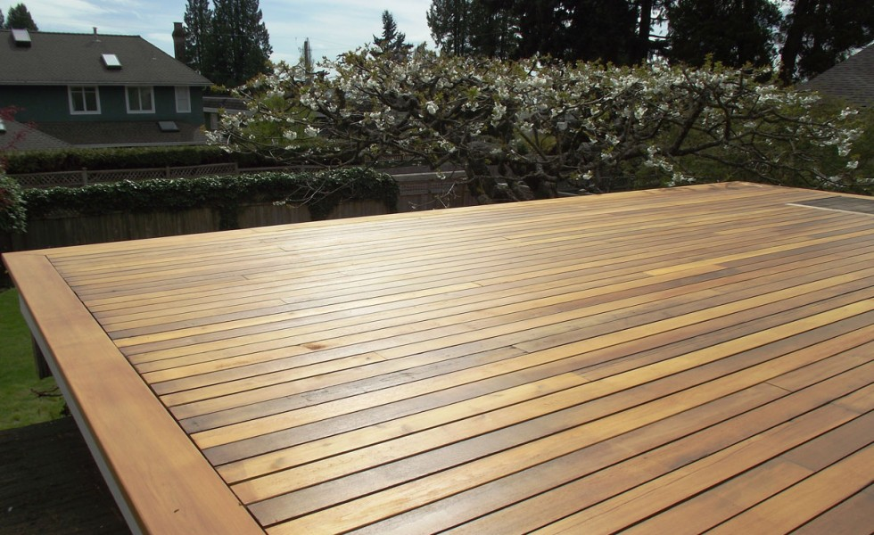 cedarwood decking
