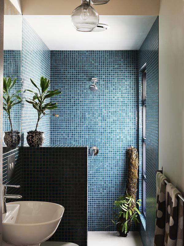 RenoGuide Glass Mosaic Tiles