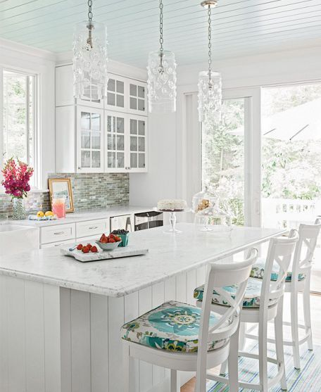 white Hamptons style kitchen