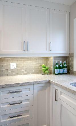 small apartment kitchen style