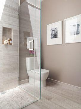 classic Hampton neutrals bathroom