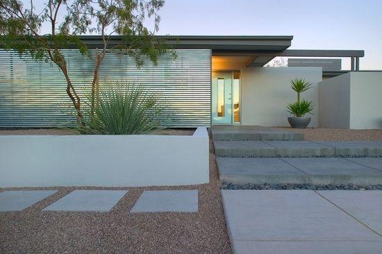 beautiful barren front garden design idea