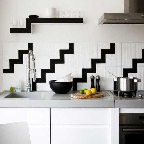 monochrome patterned kitchen splashback
