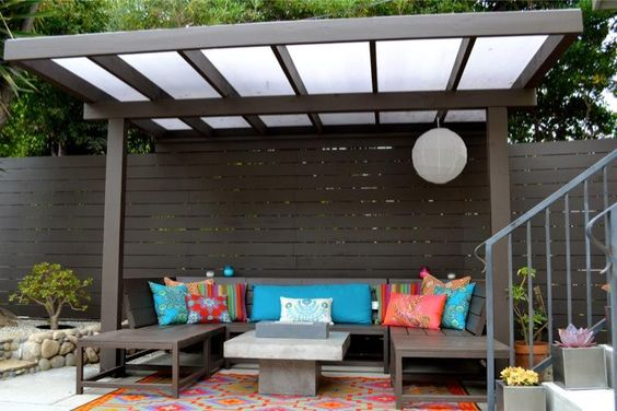Zen pergola with vinyl roof
