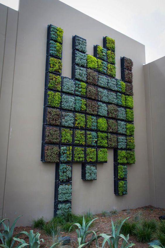 вертикальная садовая стена