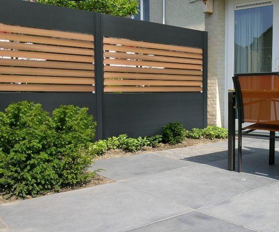 современная деревянная и бетонная стена