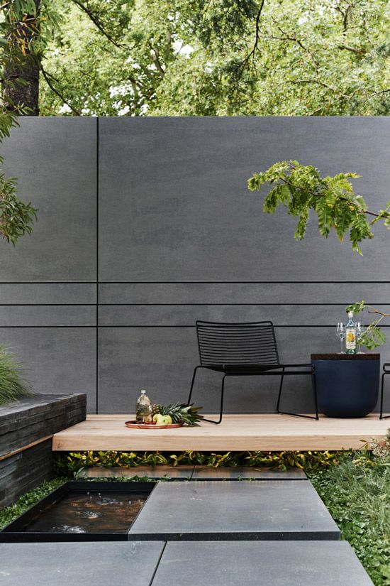 современная бетонная стена